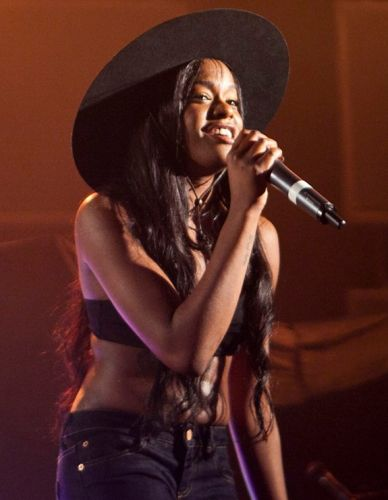 Twitter's CEO mailed his hair to Azealia Banks to protect him from ISIS