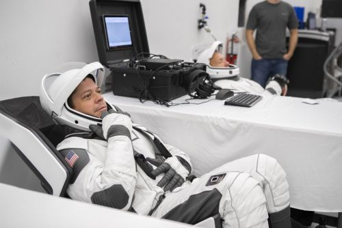 NASA Reveals New SpaceX Astronaut Suits During Demo-2 Training Procedure
