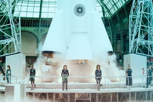 Ten of Karl Lagerfeld's most extra Chanel show sets