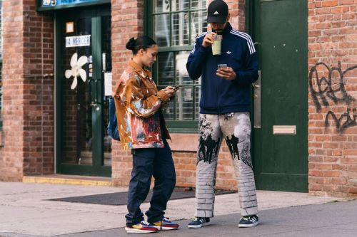 NYFW SS20 Streetstyle Yields Vibrant, Clashing Layering Pieces