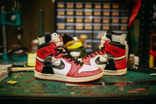 SBTG Customized a 1985 Air Jordan 1 With Straps, References Pair an Injured Michael Once Wore