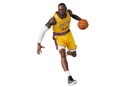 Medicom Toy Honors LeBron James With MAFEX Figure
