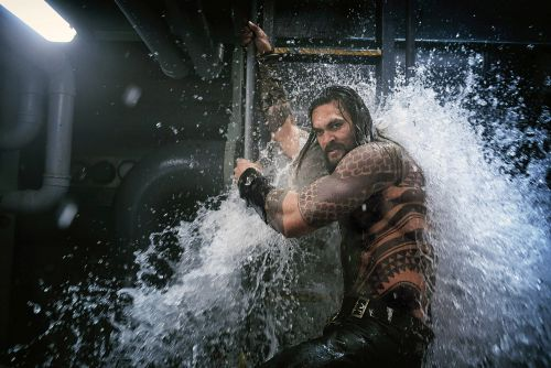 Jason Momoa's 'Aquaman' movie makes some teeny tiny waves