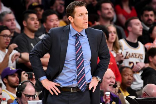 Former Lakers Coach Luke Walton Reportedly Signs Multi-Year Deal With Sacramento Kings