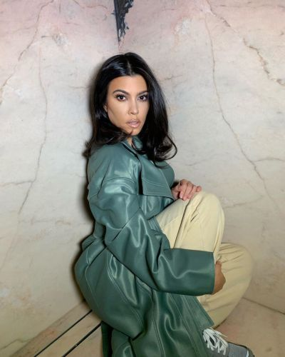 Kourtney Kardashian Has a Whole Photo Shoot in Sister Kylie Jenner's Shower and It's So Glam