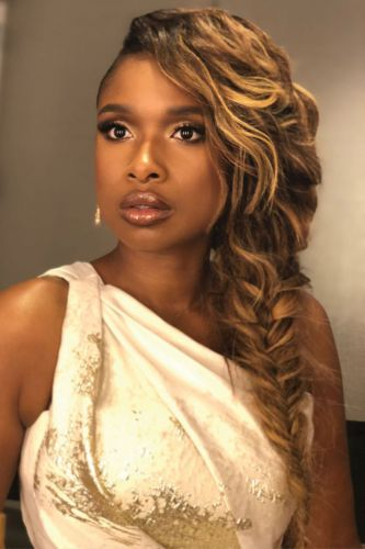 "Stylist Kiyah Wright Dishes on Jennifer Hudson's Top Looks on ""The Voice"""