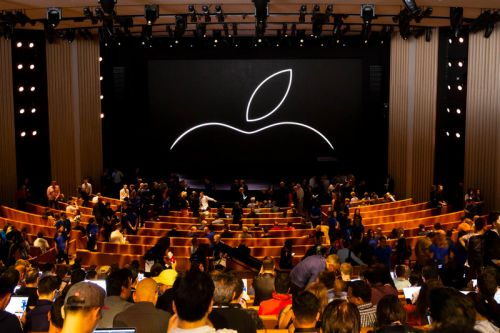 Apple Reportedly Preparing to Launch Streaming Service to Rival Netflix