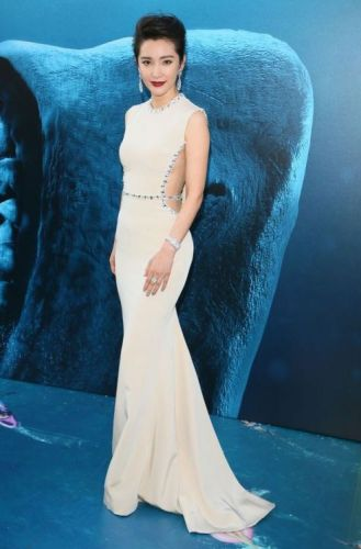 Li Bing Bing was absolutely stunning in GEORGES HOBEIKA for the
