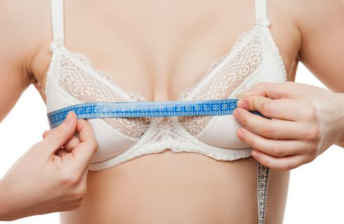 Wait, What? Women Are Rubbing Toothpaste On Their Breasts To Make Them Bigger