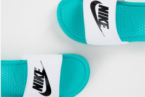 Nike's Benassi JDI Slides Gear up for Summer