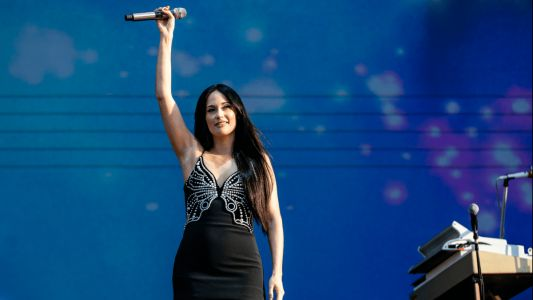 Kacey Musgraves Is Surviving the Heat Wave in Party-Ready Mini Dresses