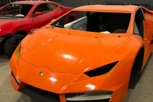 Fake Ferrari & Lamborghini Factory Gets Shut Down by Brazilian Police