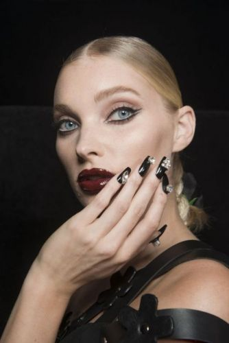 The Coolest Nail Art Ideas For Spring 201816 ways to upgrade