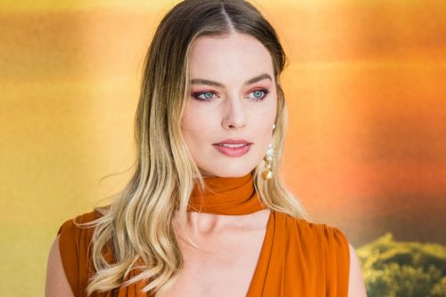 Margot Robbie Set to Star in Stand-Alone 'Pirates of the Caribbean' Film