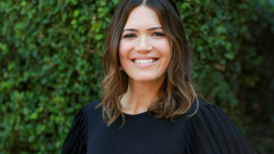Mandy Moore's Outlook On Therapy Should Be More Common
