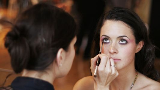 How to Get Scouted as a Makeup Artist, Hairstylist or Wardrobe Stylist