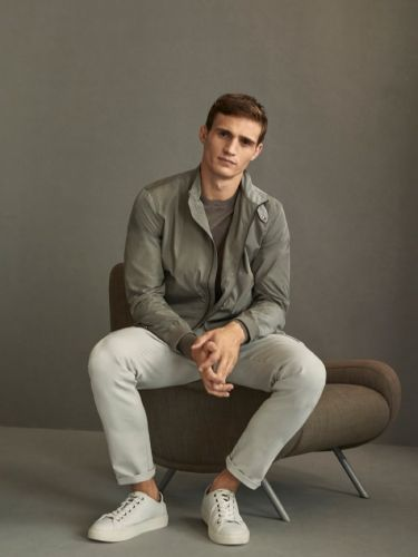 Julian Schneyder is Comfortably Chic in Massimo Dutti Travel Soft Collection