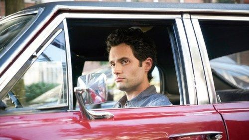 "Penn Badgley Reminds Fans His ""You"" Character Joe"
