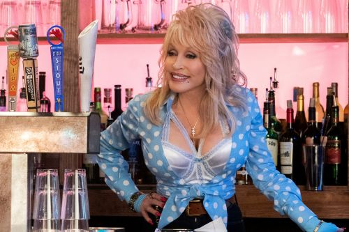 Dolly Parton rocks country flair in Netflix's 'Heartstrings'