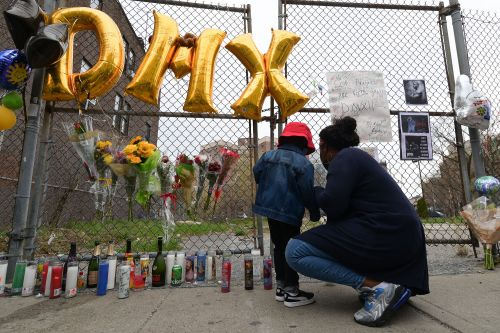 DMX memorial procession shuts down traffic en route to rapper's private service