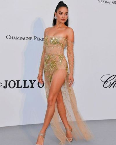 Australian Model Shanina Mshaik was glowing in her GEORGES