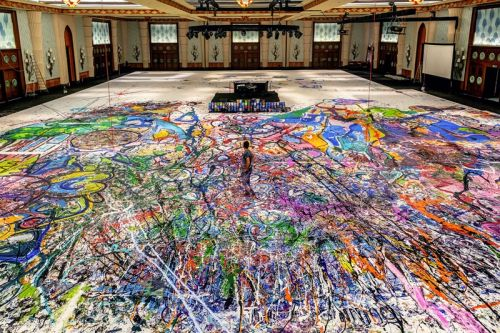 The World's Largest Canvas Painting Will Be Auctioned in Dubai for Charity