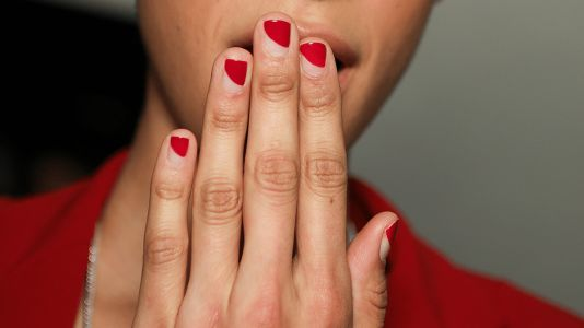 21 Minimalist Manicures From New York Fashion Week That Are Far From Boring