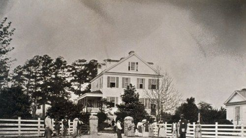What to Expect When Visiting A Plantation Where Your Ancestors
