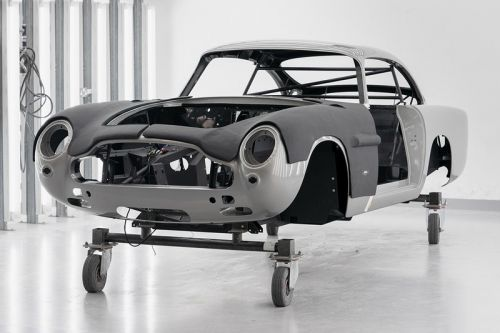 Aston Martin Recreates DB5 'Goldfinger' With Simulation Smoke Screen, Weapons and More