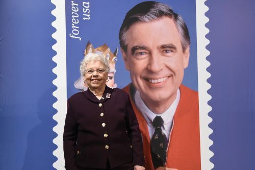 Joanne Rogers, widow of TV icon Mister Rogers, dead at 92