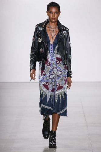 """Nicole Miller Debuts Markle x Harry x Bowie-Inspired """"Rock'n'Royalty"""" at NYFW"""