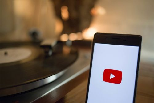 Billboard 200 Chart to Begin Factoring YouTube Streams
