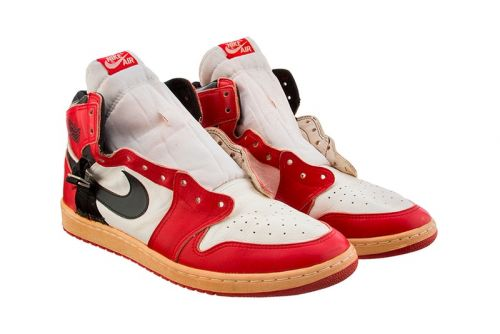 This Rare Modified AJ 1 Worn by Michael Jordan After a Foot Injury Is Now up for Auction