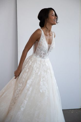 Nicole 2020 Bridal Collection Presentation