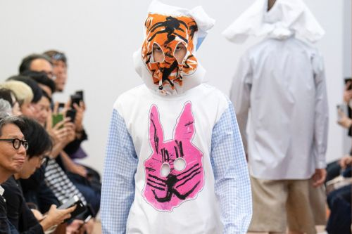 COMME des GARÇONS SHIRT's SS19 Show Featured Creepy Shirt Face Masks