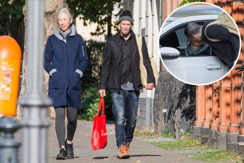 Keanu Reeves spotted kissing girlfriend after debuting new buzz cut