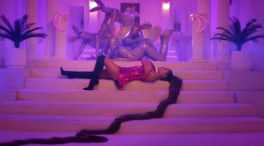 While You Were Busy Feeling Rich Watching Ariana Grande's '7 Rings' Music Video, Here Are 6 Things You Missed
