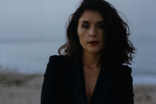 "Jessie Ware Will Get You Out Your Seat With ""Adore You"""