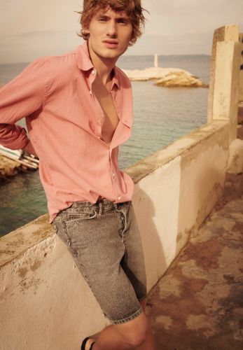 American Vintage Takes to Marseille for Sun-Kissed Spring '19 Outing