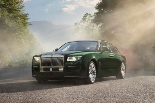 The 2021 Rolls-Royce Ghost Extended Adds Even More Rear-Cabin Leg Room