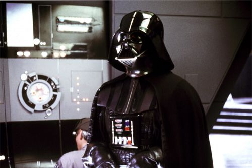 David Prowse, the man behind Darth Vader, dead at 85