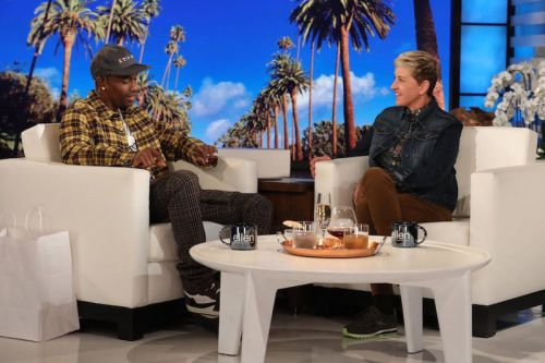 "Travis Scott Performs ""Sicko Mode"" on 'Ellen'"