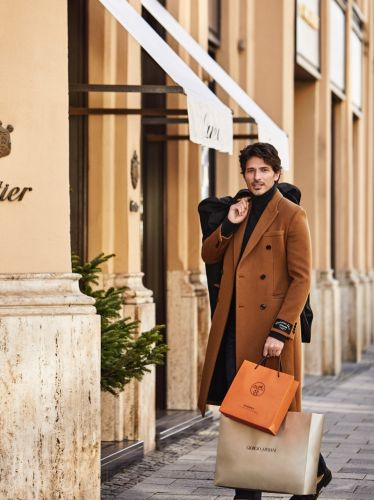 Andres Velencoso Goes Shopping with Robb Report Germany