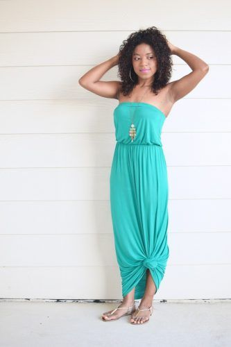 How to Rock a Maxi Dress for Shorties