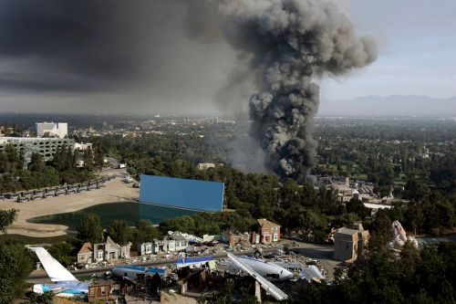 Universal Contests Warehouse Fire Extremity as Reported in 'The New York Times' Piece