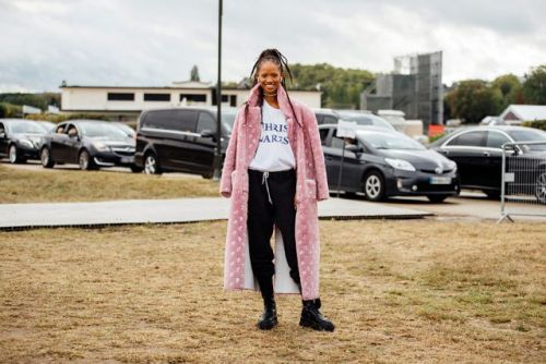 See what the models are wearing off-duty in Paris! Day 1