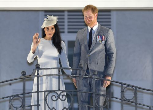 Prince Harry Toasts With Water To Support Pregnant Wife Meghan Markle And We Can't Handle It