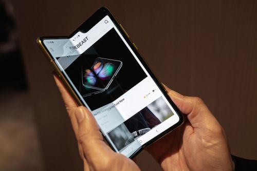 Samsung Reportedly Releasing a Galaxy Fold 2 With Ultra-Thin Glass for April 2020