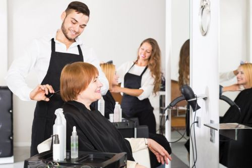 5 Pain Management Tips for Hair Stylists