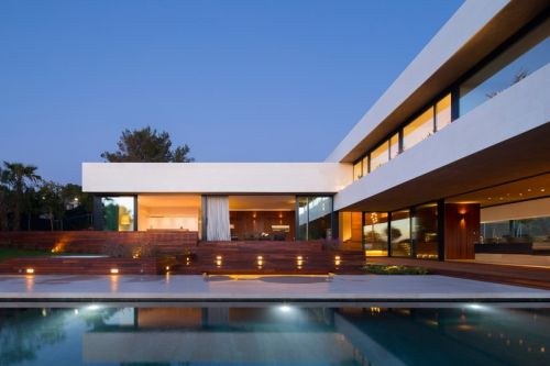 The L20 House is a Peaceful Oasis in Rural Spain